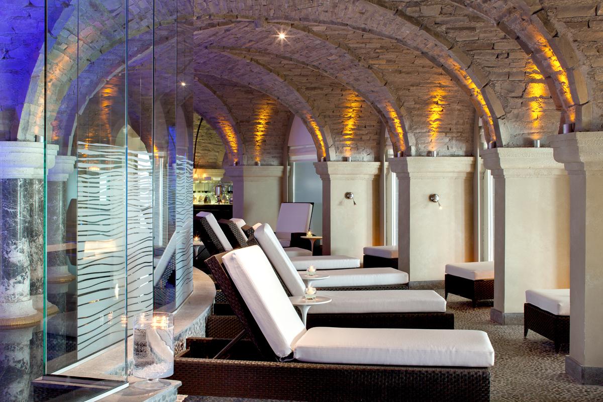 Grand hotel thalasso spa travel club monaco for Club piscine super fitness st jean sur richelieu